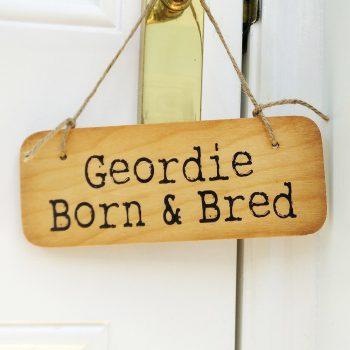 Wooden door sign geordie born bred north east gifts - Wooden door signs for home ...